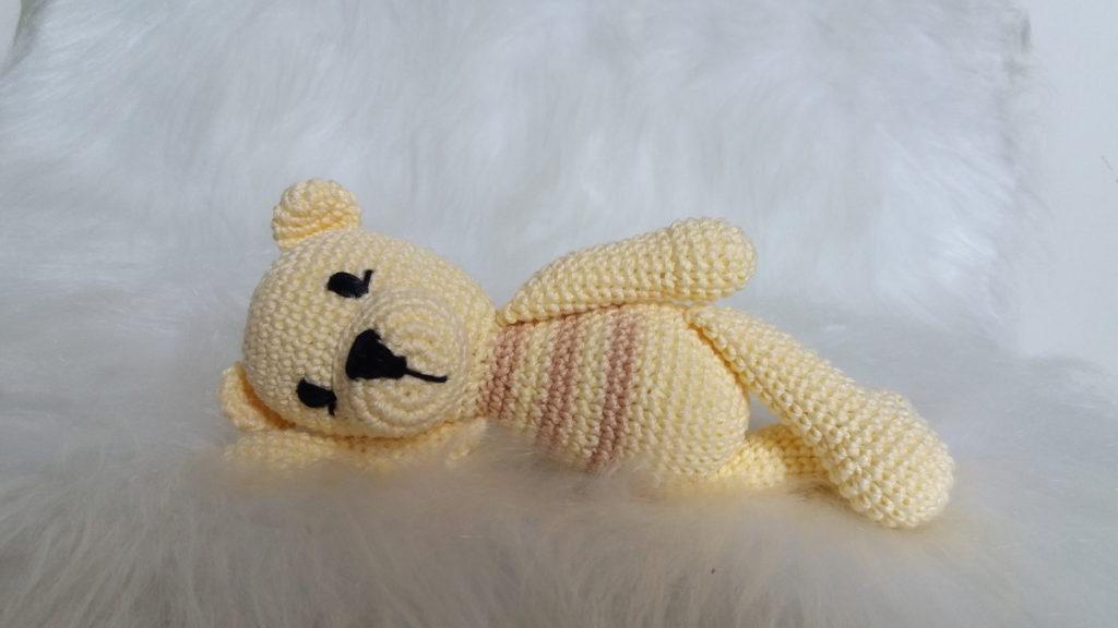 Urso Panda Receita de Amigurumi de Crochê por Little Bear Crochets | 576x1024